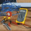 DO-26072-00 Loop Calibrator; Fluke model 705