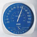 DO-35700-20 Oakton<small><sup>®</sup></small> Large-Dial Thermohygrometer